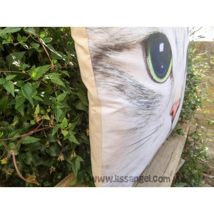 Gray Cat Cushion (50x50, filling included)