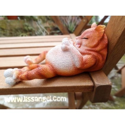 Resin Figure Fat Cat sleeping